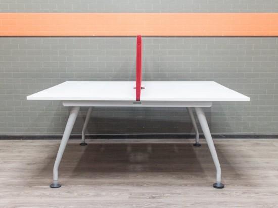 Бенч-система, офисный стол для 2 сотрудников