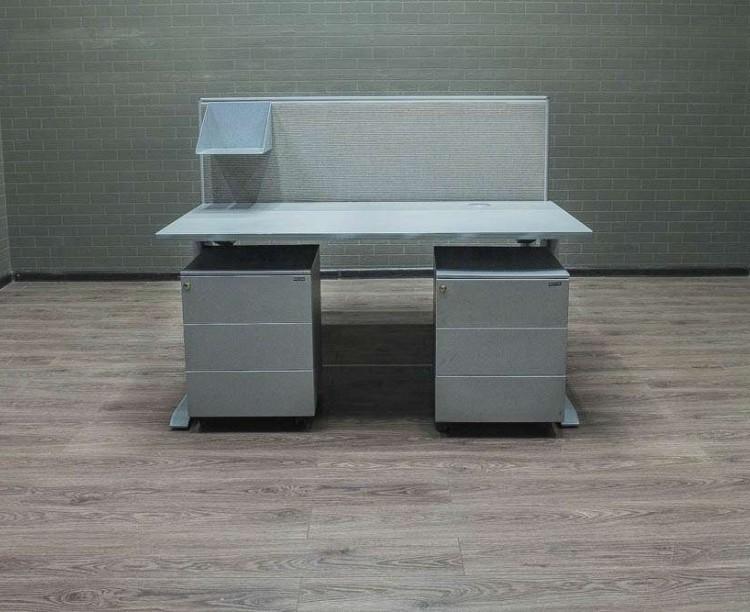 Комплект столов для 2-х сотрудников Bene
