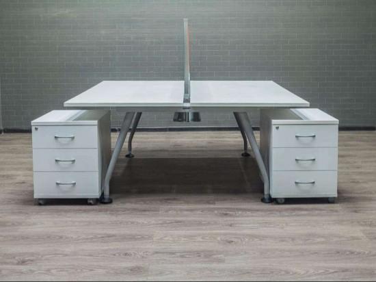 Стол офисный Бенч-система для двоих сотрудников