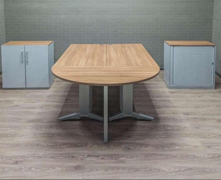 Комплект офисный Steelcase на двоих сотрудников, ясень и серый