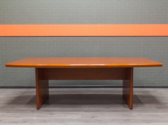 Офисная мебель бу. Стол для переговоров, совещаний, красный орех