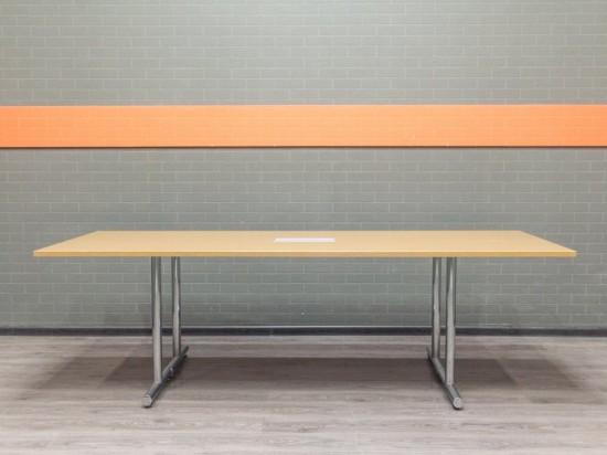 Стол для переговоров, дуб, металл