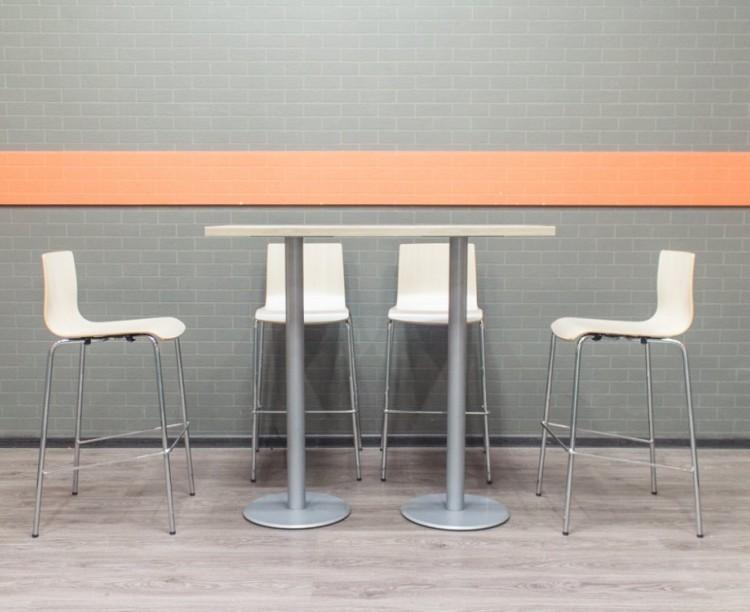 Стол высокий барный со стульями, клен