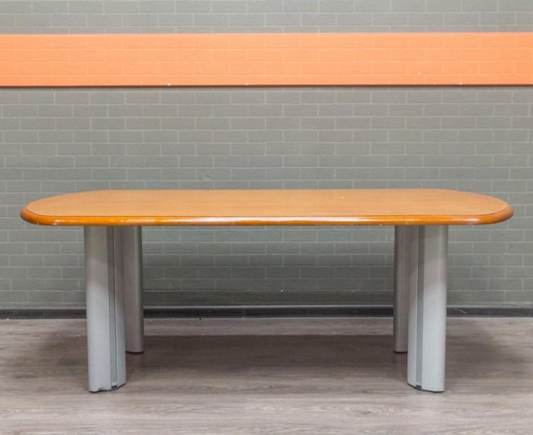 Стол для переговоров, совещаний, дуб