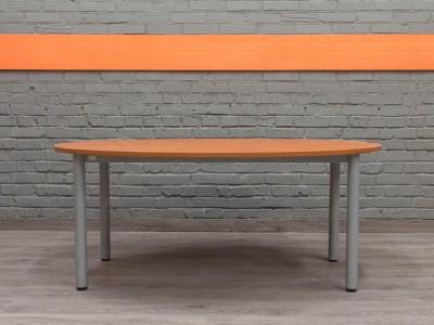Овальный стол для переговоров, ольха