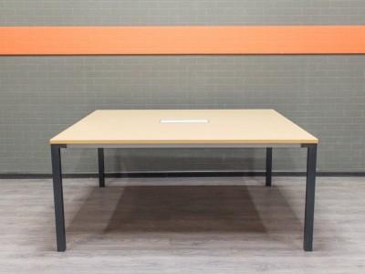 Офисная мебель бу Стол переговорный квадратный, Steelcase