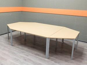 Стол для переговоров Bene, секционный