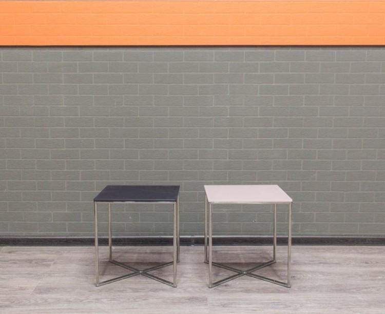 Стол журнальный квадратный, со стеклом
