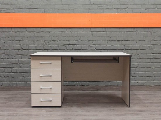 Новый компьютерный стол, дуб