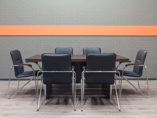 Стол для переговоров новый венге, со стульями