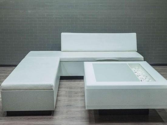 Комплект мягкой мебели с журнальным столом