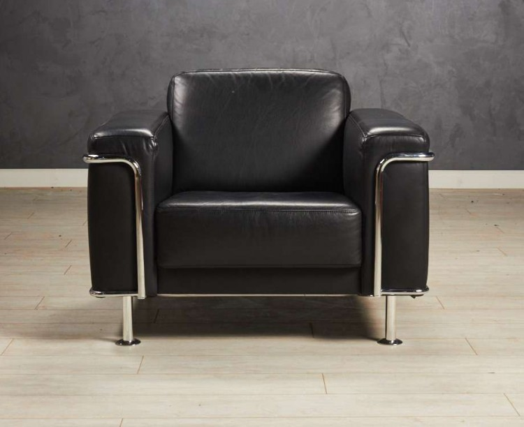 Кресло чёрное кожа