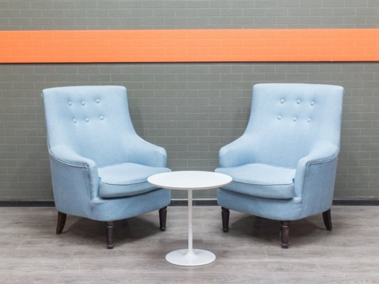 Итальянские мягкие кресла, голубой велюр Офисная мебель бу