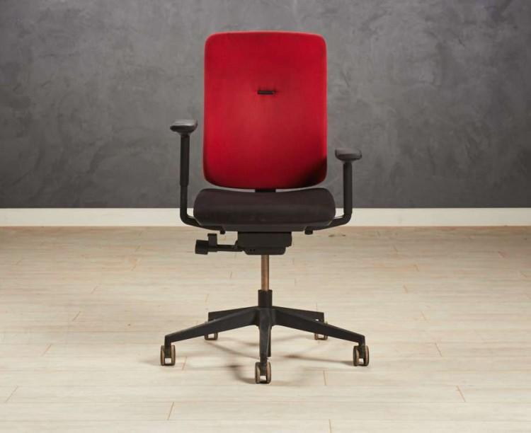 Кресло компьютерное Steelcase