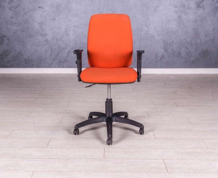 Кресло для персонала, цвет оранжевый