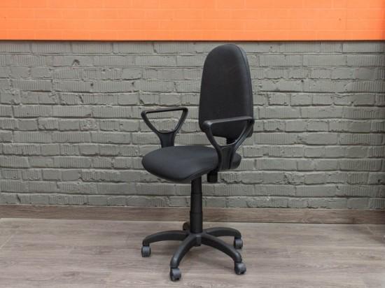 Новое компьютерное кресло Престиж, черное