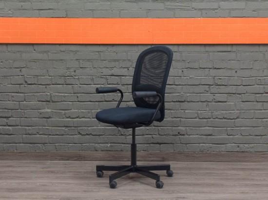 IKEA Кресло компьютерное черное
