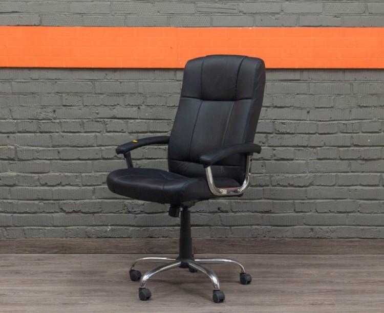 Компьютерное кресло для менеджера