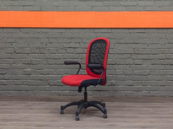 IKEA кресло компьютерное, красное