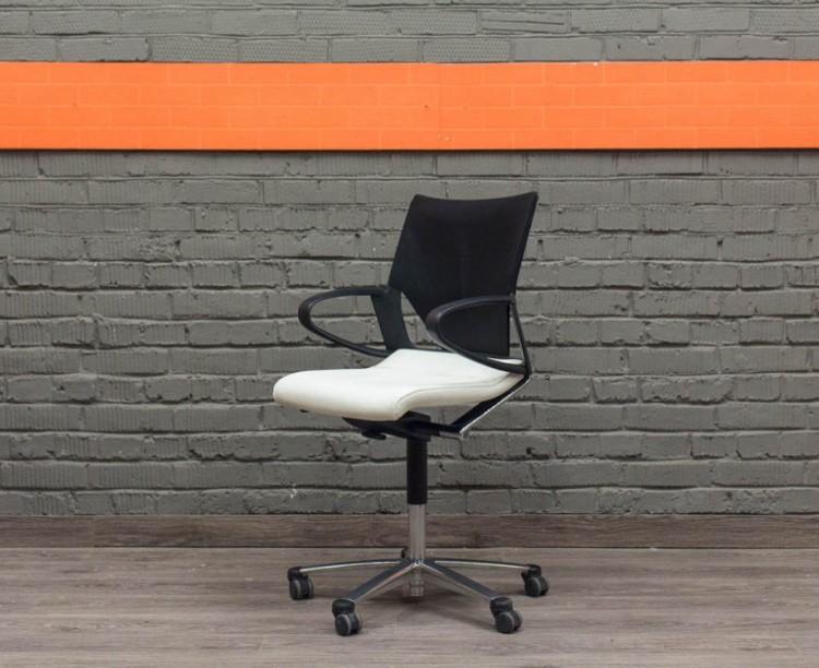 Кожаное кресло Modus Wilkhahn, Германия