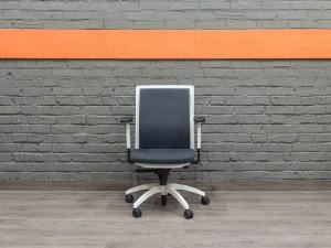 Кресло руководителя JUVENTA.
