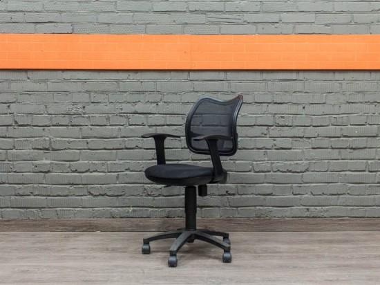 Компьютерное кресло офисное, черное