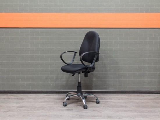 Компьютерное кресло эргономичное Офисная мебель бу хром