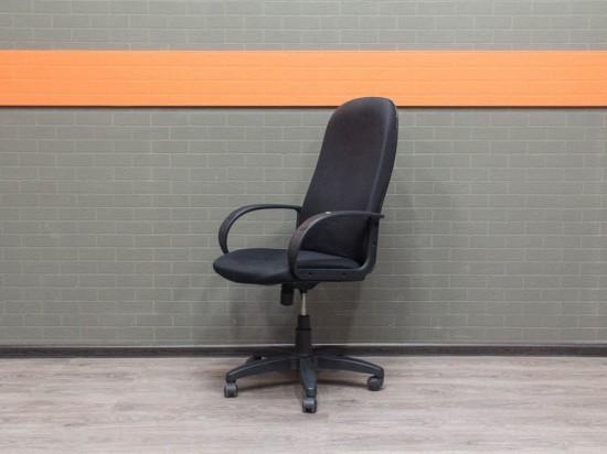 Офисное кресло для менеджера, Офисная мебель бу. черное