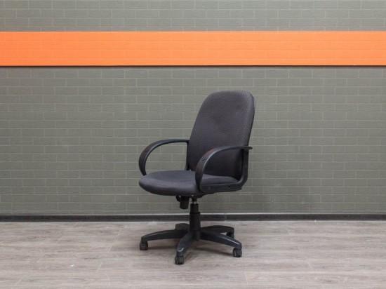Офисная мебель бу. Компьютерное кресло Chairman, серое