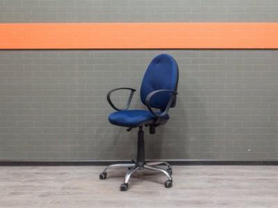Компьютерное кресло эргономичное, Офисная мебель бу, синее