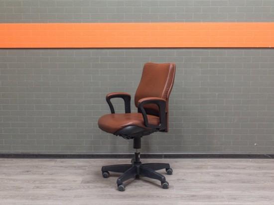 Кресло компьютерное Steelcase Офисная мебель бу экокожа