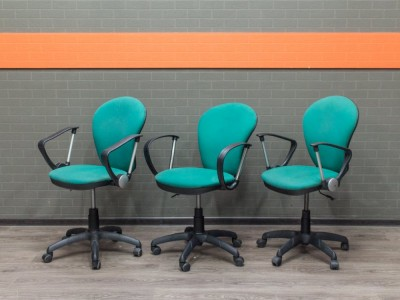 Компьютерное кресло, офисная мебель бу, изумруд