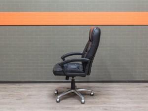 Компьютерное кресло, черная экокожа