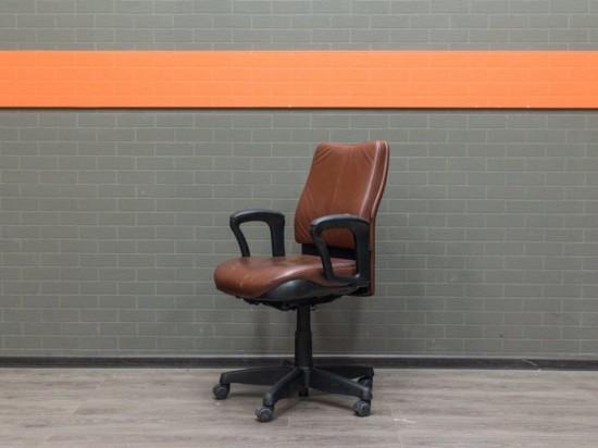 Кожаное кресло Steelcase, офисная мебель бу