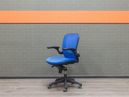 Компьютерное кресло синее, офисная мебель бу