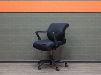 Офисная мебель бу компьютерное кресло черное