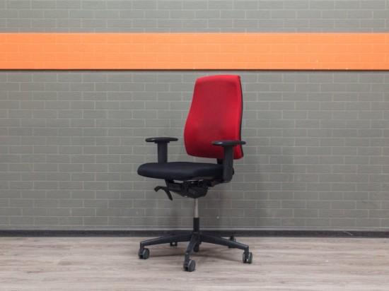 Компьютерное кресло красное с черным, ткань