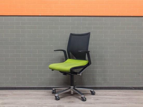 Кресло для персонала Modus Wilkhahn зеленое