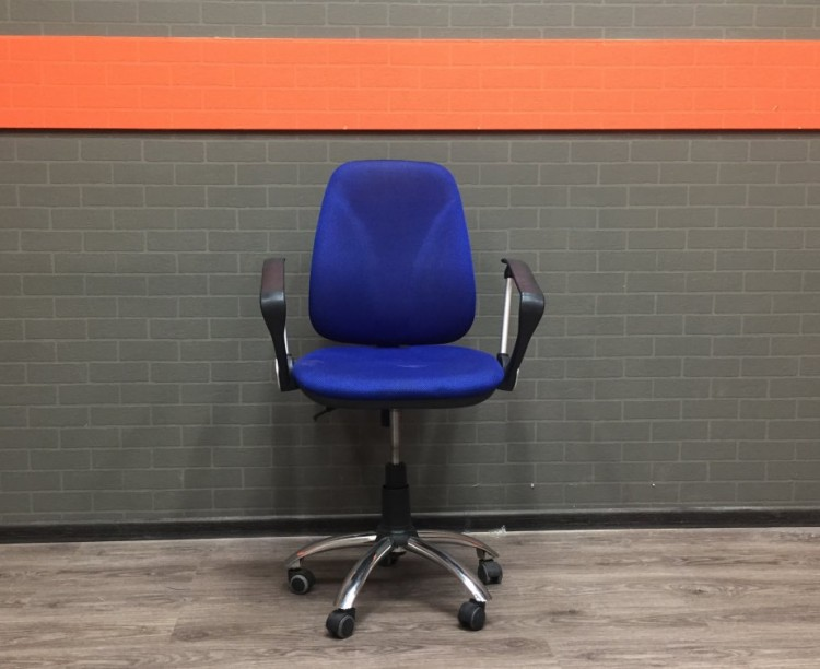 Кресло для персонала синее, крестовина хром