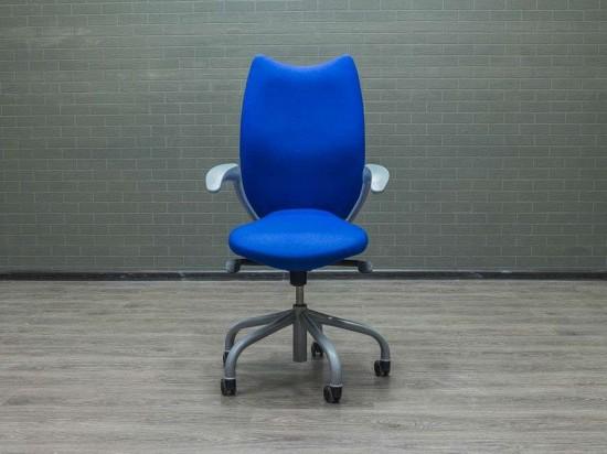 Кресло для персонала синее Narbutas