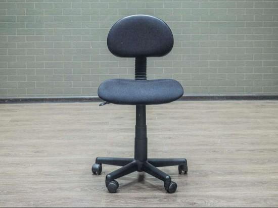 Кресло офисное без подлокотников