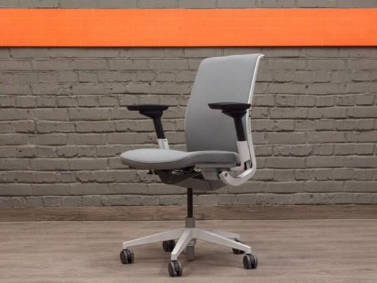Steelcase компьютерное кресло в офис