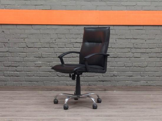 Компьютерное кресло в офис, экокожа