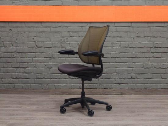 Humanscale Кресло компьютерное для менеджера