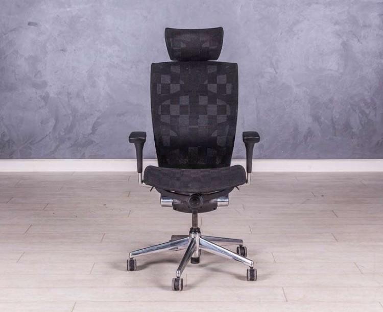 Кресло руководителя эргономичное