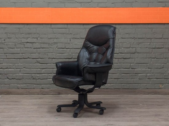 Кресло для руководителя Astra