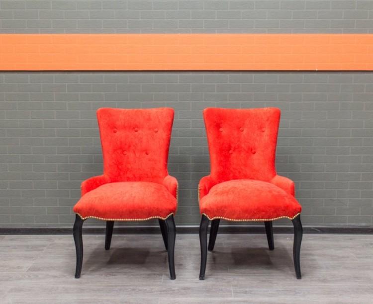 Стулья гостевые, кресла ретро, красный велюр