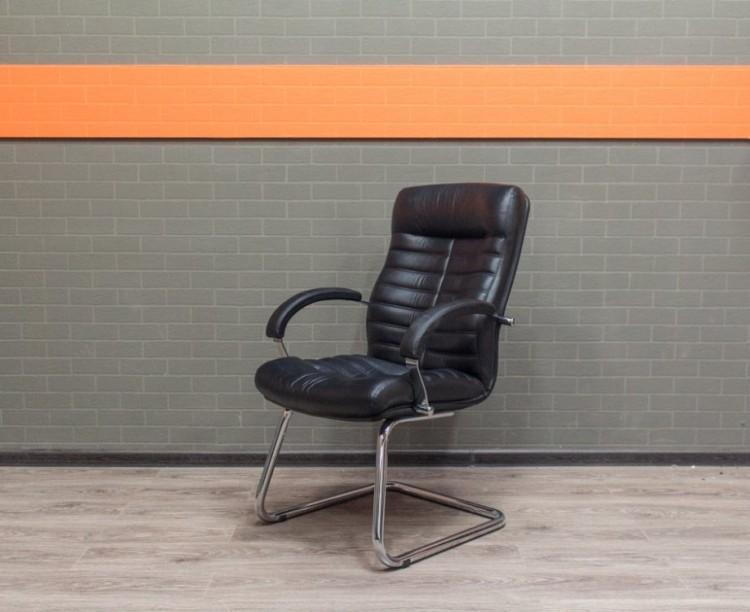 Офисное кресло для переговоров, экокожа, хром