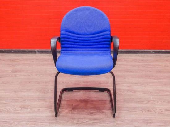 Кресло для посетителей Steelcase