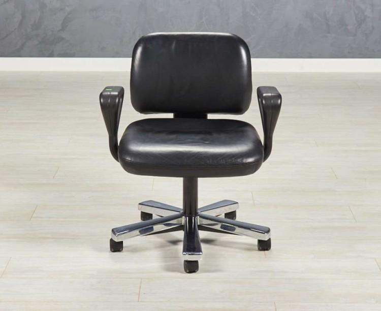 Кресло в переговорную